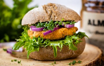 Recept - Vegan burger, v ktorom cícer nahradil mäso