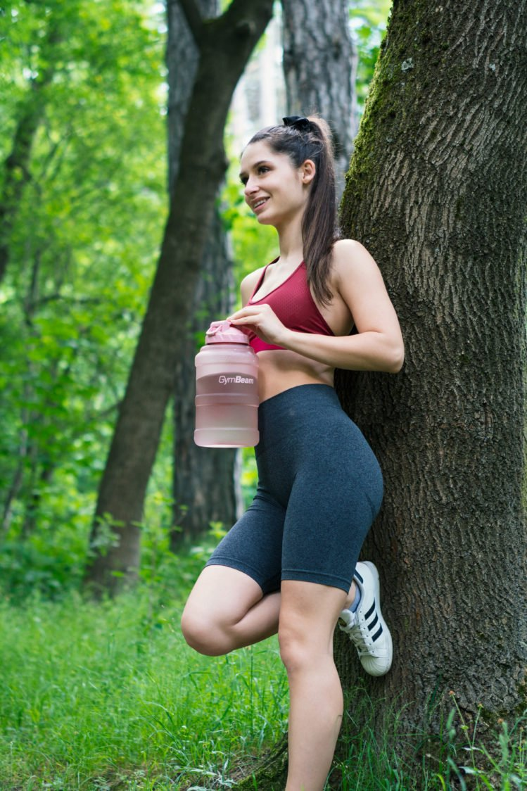 How much fluid to drink during sporting activity?