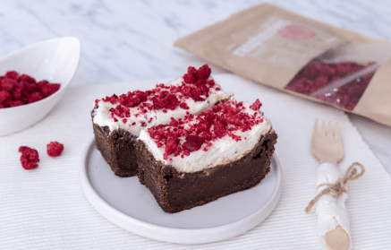 Web - Cviklový brownie s tvarohovou polevou